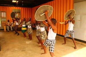 Fontes Cultural Troupe entertained the audience with a performance of traditional Ugandan dance and music.