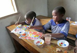 Art Exchange Between Oslo Montessori School and Katunguru Primary School